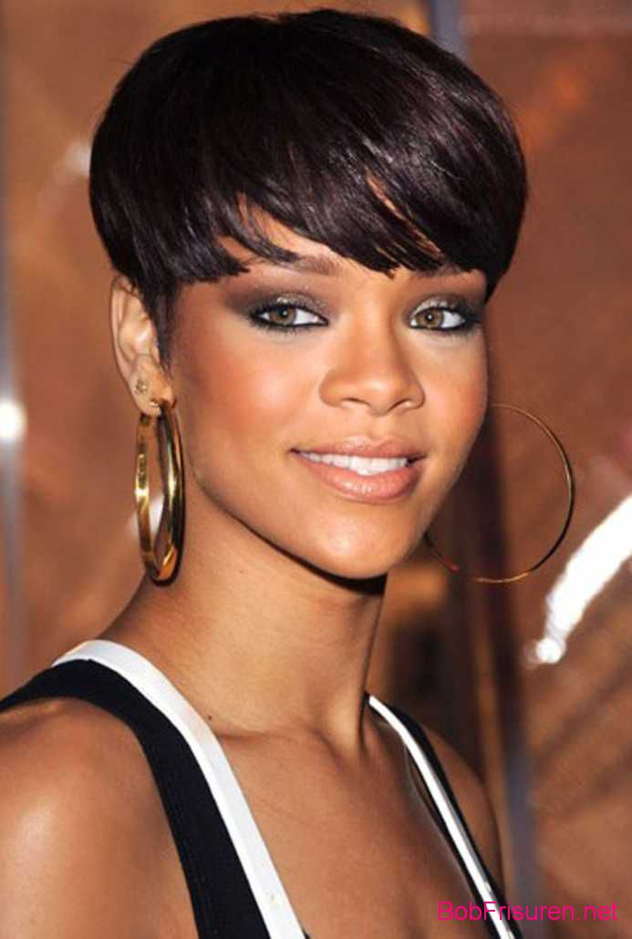rihanna kurze haare stylen 2016 bob frisuren 2017. Black Bedroom Furniture Sets. Home Design Ideas